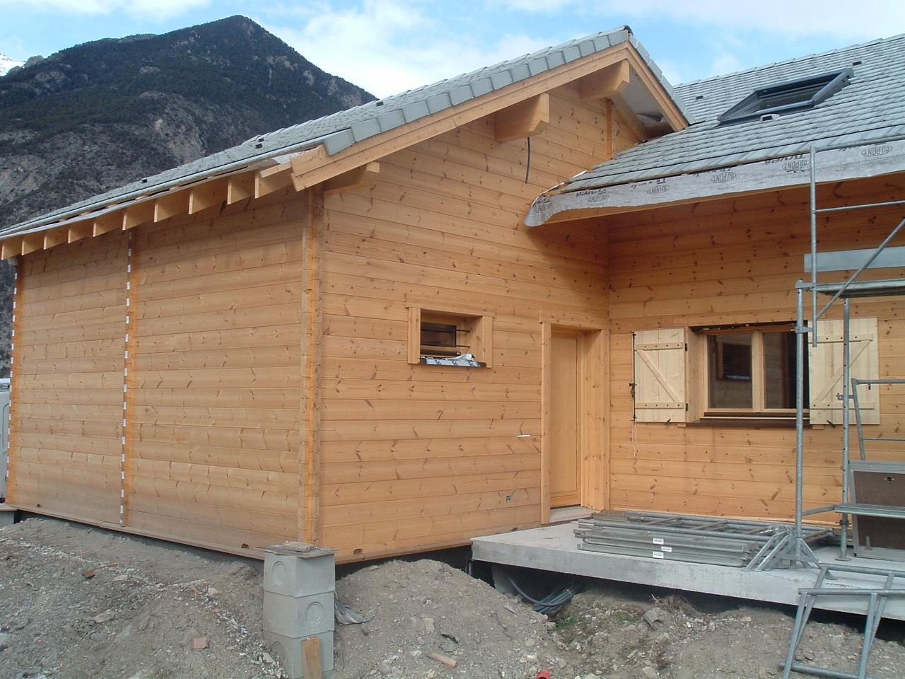 Conseils maison et chalet en bois for Maison bois massif