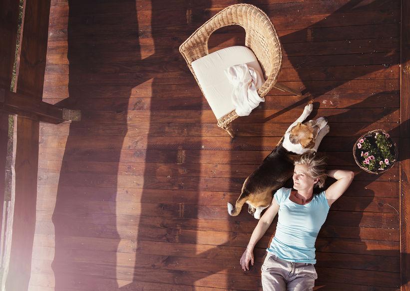 le chalet en bois en kit actualit s sensation bois. Black Bedroom Furniture Sets. Home Design Ideas